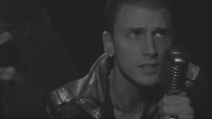 Machine Gun Kelly – Spotlight (Video)